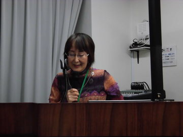 講演中の桜井さん.JPG
